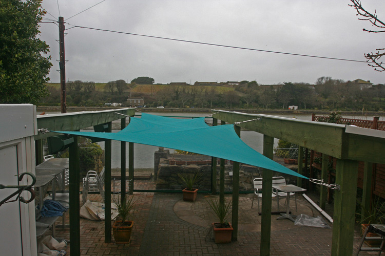 RB Sails recently manufactured and installed a shade sail and wind proof screens at Pizza Patio in Hayle, Cornwall