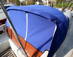 A recent yacht sprayhood from RB Sails